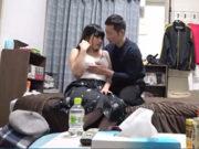 Fカップ乳の巨乳JDをヤリ部屋に連れ込んでなし崩し的にセックス
