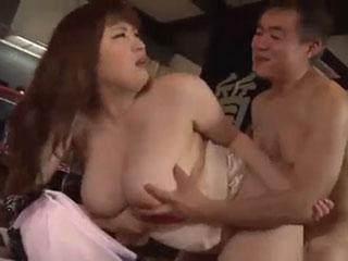 七草ちとせ(Jカップ)質屋の質草にされた美巨乳若妻 2