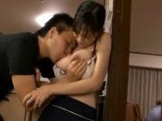 元山はるか(Gカップ)息子に身体を許す母…夫の隣で…