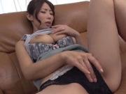 篠田あゆみ(Iカップ)ピストンしまくる息子に優しく教える母