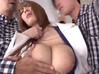 Hitomi(Oカップ)超爆乳痴漢レ×プ ~声が出せない状況で鬼揉み痙攣絶頂~