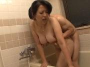 美熟女な巨乳母と近親相姦中出しSEX 笠月優子