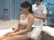 葵千恵(Fカップ)MM号で妊活中の巨乳妻が乳腺マッサージ初体験!