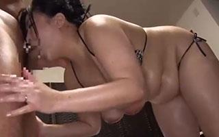 ぽっちゃり爆乳熟女と濃厚なセックス