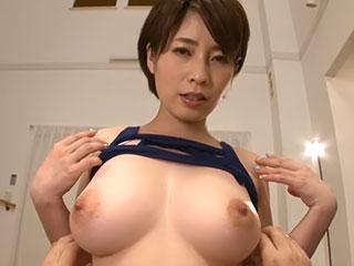 巨乳美女の優しいスローパイズリで挟射♪ 奥田咲
