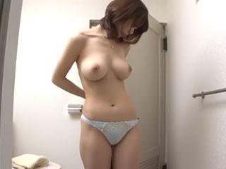 美熟女たちの生着替えにドキドキ♪ 三浦恵理子、蓮田いく美、篠田あゆみ