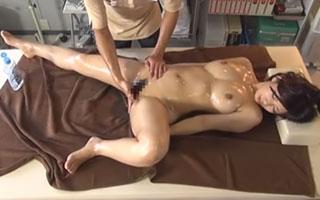 巨乳人妻の膣内をマッサージ 妃乃ひかり