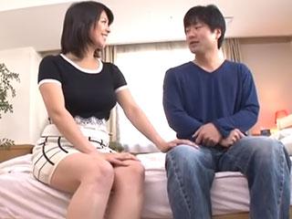 巨乳美熟女に寝取られ中出ししてしまった娘婿 笹山希
