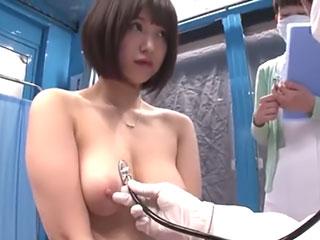 マジックミラー号 巨乳OLを健康診断と騙して中出しSEX 深田結梨