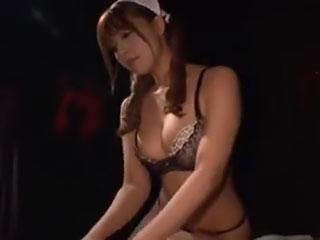 M性感 Fカップの巨乳痴女 三上悠亜