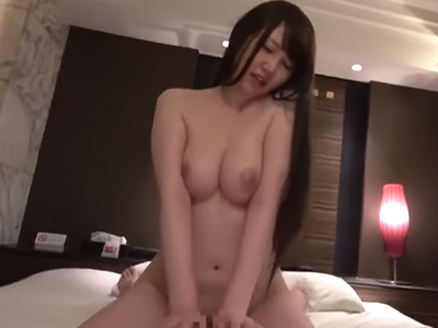 美巨乳素人娘とハメ撮り 佐藤ゆか