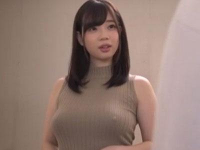 ノーブラノースリーブニットのGカップ妻 斉藤みゆ